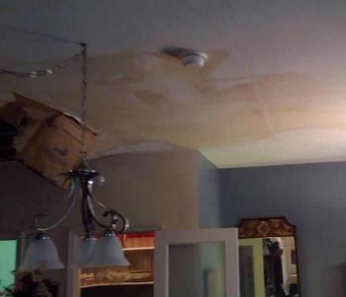 Water Damage In Edgewood Before